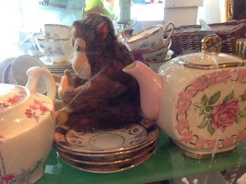 Stock at Auld 2 New Antiques