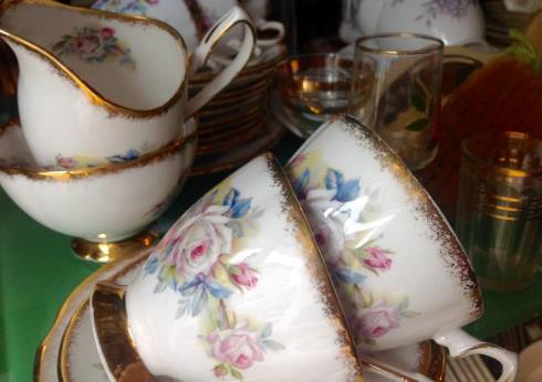 Beautiful CLARE teaset at Auld 2 New Antiques